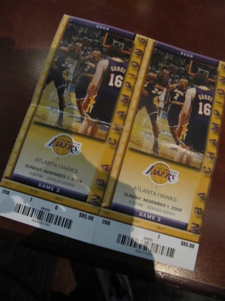 Tickets to the LA Lakers Atlanta Hawks game when in manila visits California