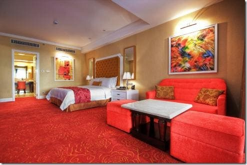 6-six-star-hotel-philippines-maxims-hotels-resorts-world-manila-rw-wheninmanila (5)