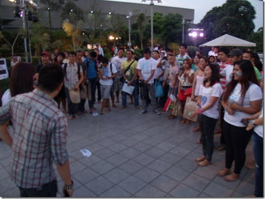 TOMS-Philippines-Shoe-a-Day-Without-Shoes-Event-Manila-PH-one-for-one-movement (11)