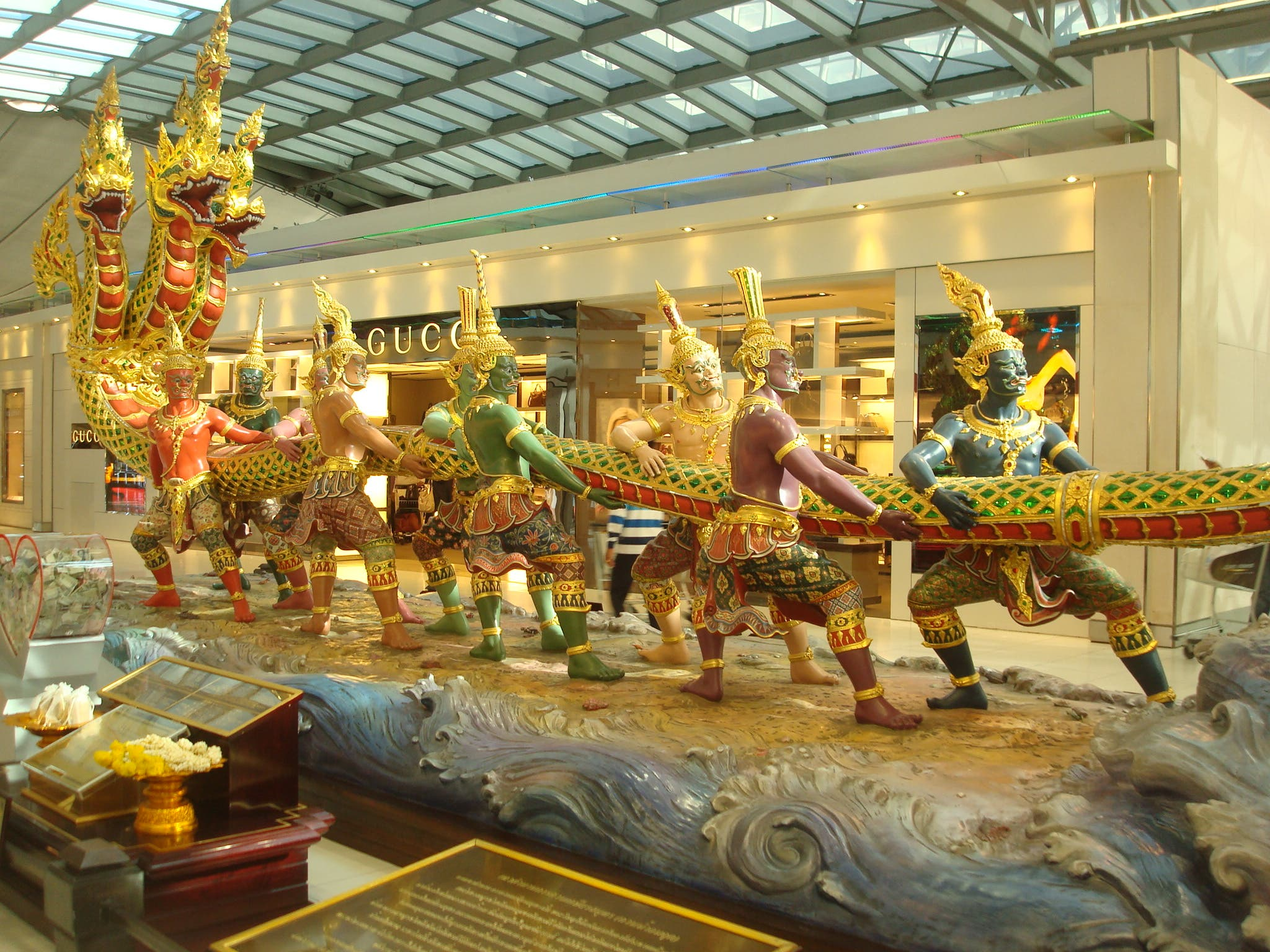 Tableau in the Suvarnabhumi Int'l Airport