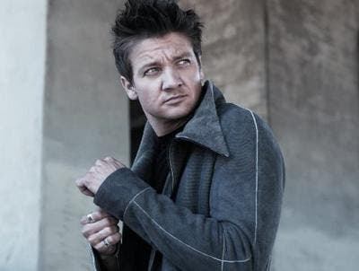 Jeremy Renner Stars in The Bourne Legacy