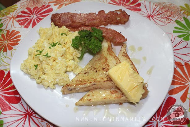 kanto breakfast french toast with french toast and bacon and two eggs freestyle
