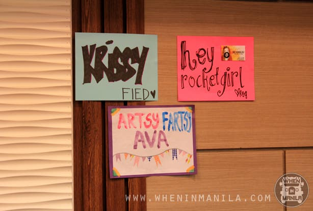 Bloggers United 3 Stall Signs