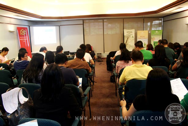 wallet therapy and stock trading seminar participants