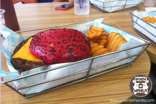 brothers-burger-red-pattie-1
