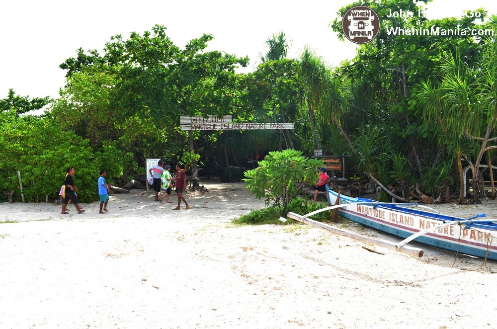 Previously home to a community of Camiguinon, overnight stays in Mantigue Island are now prohibited.