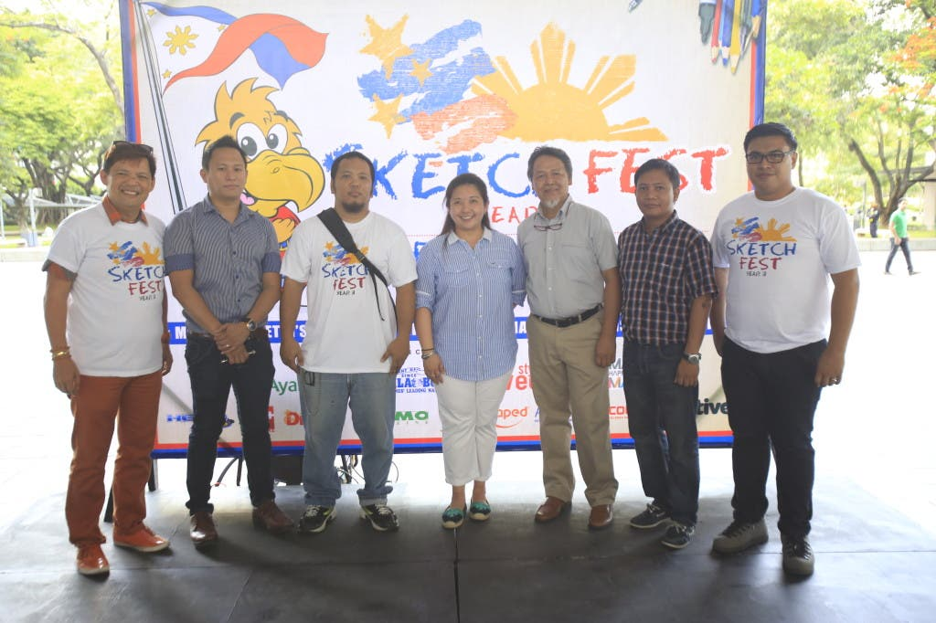 Together with  Manila Bulletin's Head of External Affairs,  Barbie Atienza, are the judges of this year's competition.  Vincent De Pio,  Manila Bulletin's Eugene Cubillo, Ayala La