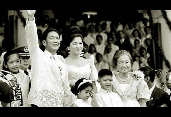 Young Imelda Marcos and Ferdinand Marcos with kids