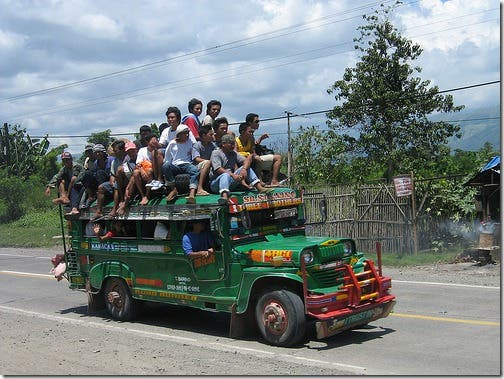 An Open Letter to Jeepney Drivers Top 7 Things Jeepney Drivers Can Do to NOT Piss Us Off (3)