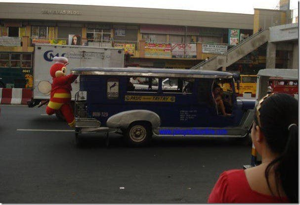 An Open Letter to Jeepney Drivers Top 7 Things Jeepney Drivers Can Do to NOT Piss Us Off (5)