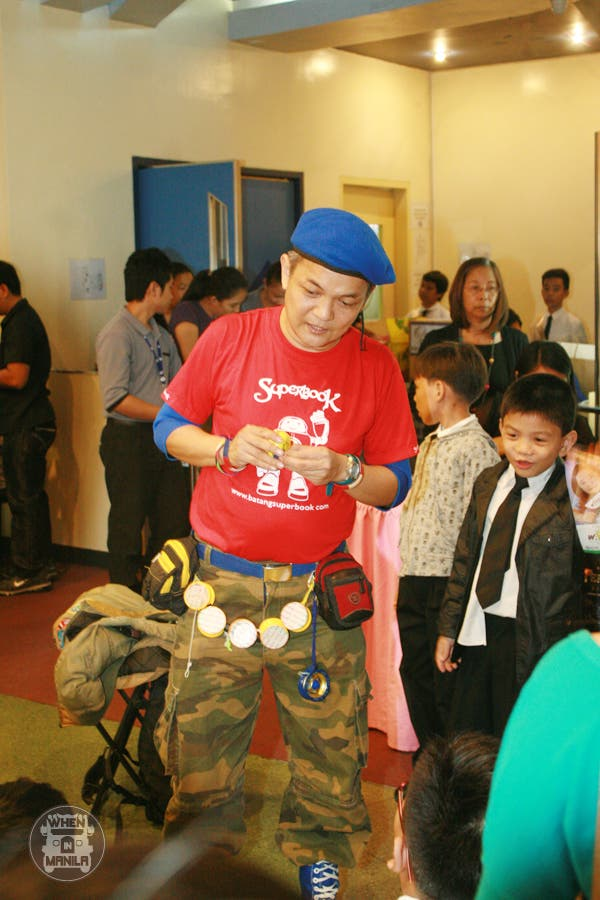 percy jackson screening master yoyo entertains guests