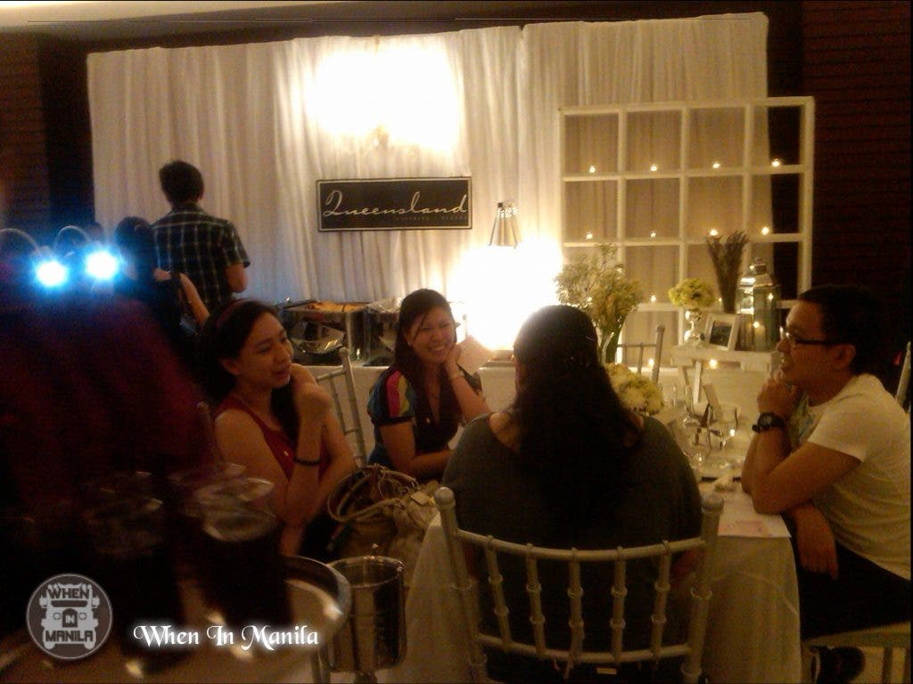 Caterers entertain Event attendees with their detailed presentation