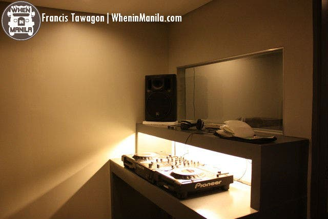 Beat Project DJ class booth