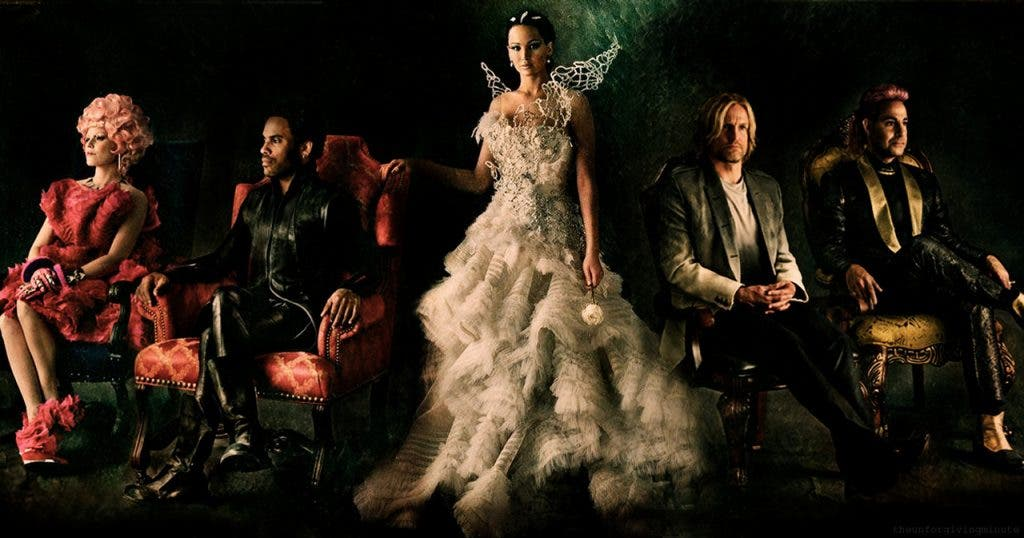 Photo from http://sciencefiction.com/2013/10/04/3-new-images-hunger-games-catching-fire/