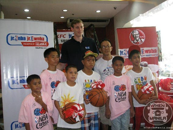 Gordon Hayward and Tina Thompson Visit Manila