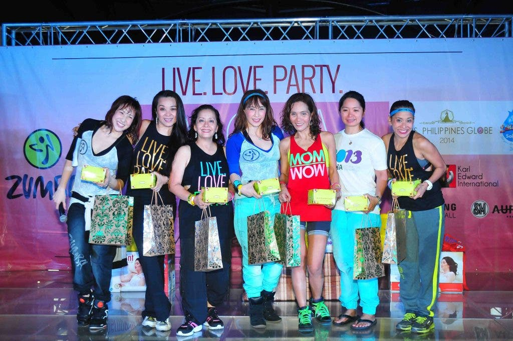 Live Love Party Wow Mom (459)