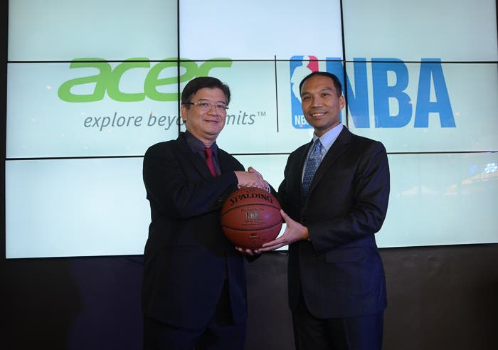 symbolic handing of nba of special nba basketball to acer