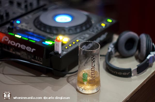 New World Makati Hotel's Bar Rouge Presents Sizzling Hennessy Nights Every Saturday!