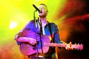 6 Songs That Illustrate The 18-Year Awesomeness of Coldplay