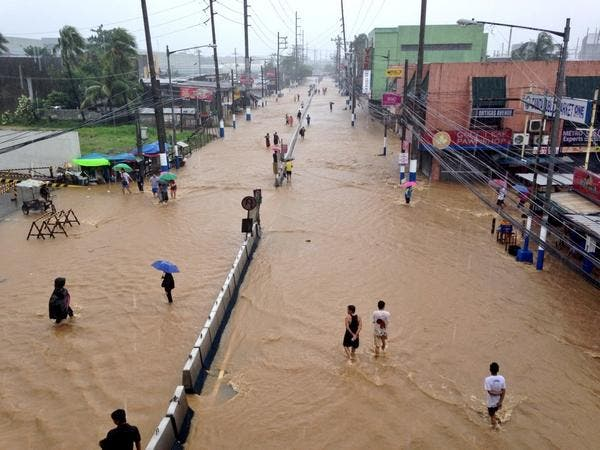 Cainta Junction in front of Robinsons Cainta (ryan_chua) #MarioPH