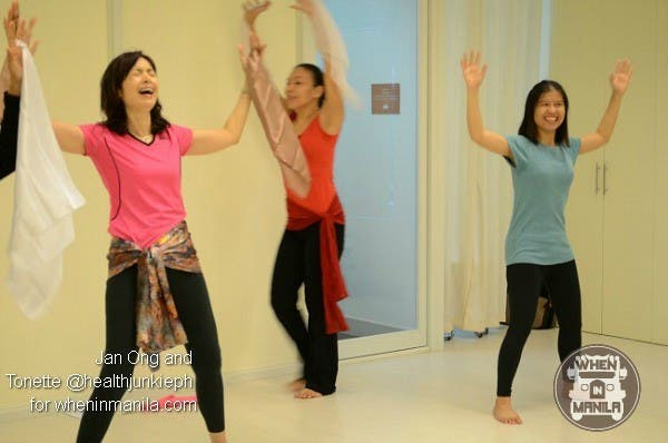 Strike Your Best Bollywood Dance Pose And Win 2 FREE Bollywood Dance Passes00001