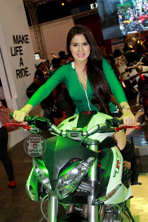 26 Jhen mendez Hottest Filipina Girls at the Philippine InsideRacing BikeFest TradeShow (2)