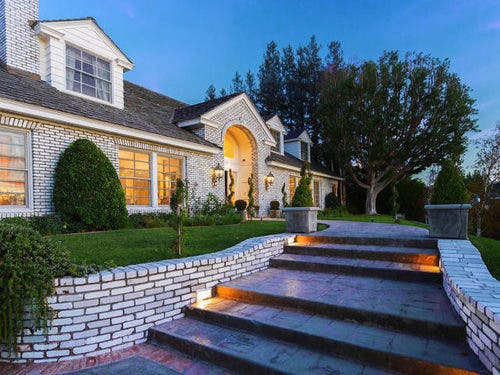 Manny Pacquiao Buys Multi-Million Dollar House in Beverly Hills 2