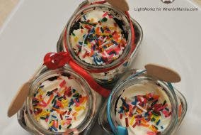 Mr. and Mrs. Cupcakes affordable cakes in a jar