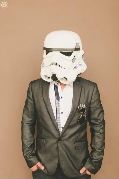 Engaged couple's Star Wars shoot 9