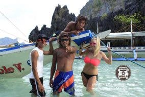 Meet the German Female Who is Spending Her Downtime as a Boatman in Palawan