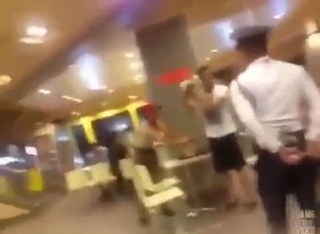 WATCH Man Picks Fight with Guard at a Fastfood Chain For Bringing His Dog