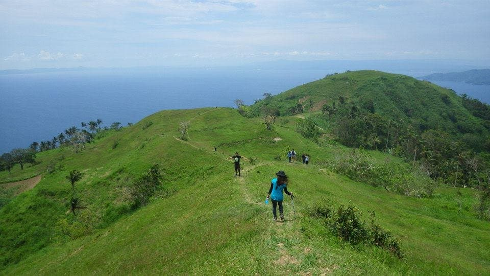 10 Tips for Beginner Hikers (Gulugod Baboy)