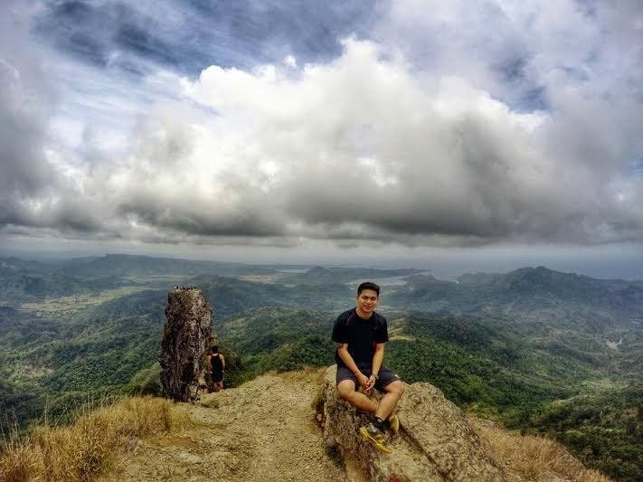 10 Tips for Beginner Hikers (Pico de Loro)