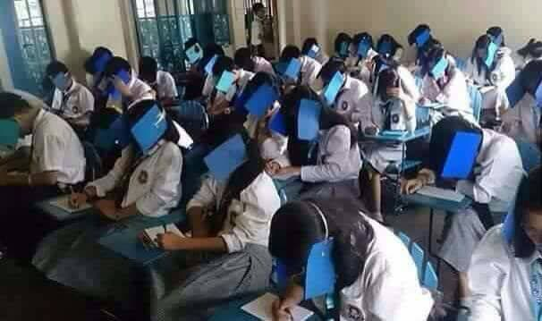 This is How a Teacher Prevented Cheating in a Test - When In
