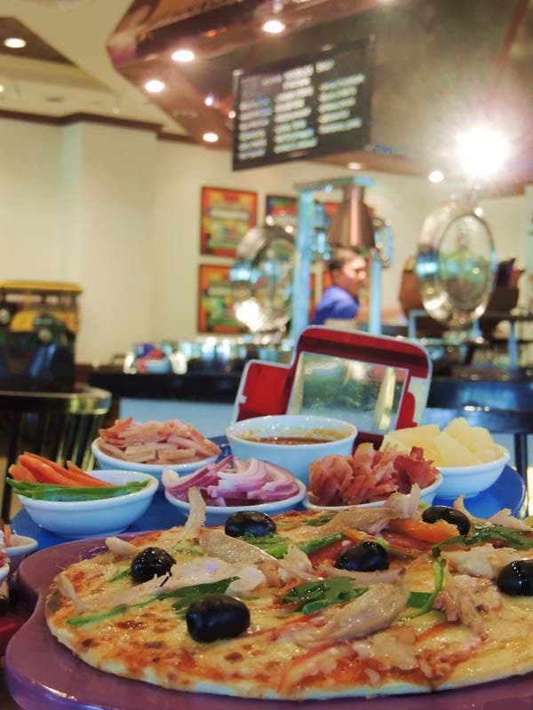 Café Jeepney: Kids Make-Your-Own Pizza at InterContinental Manila