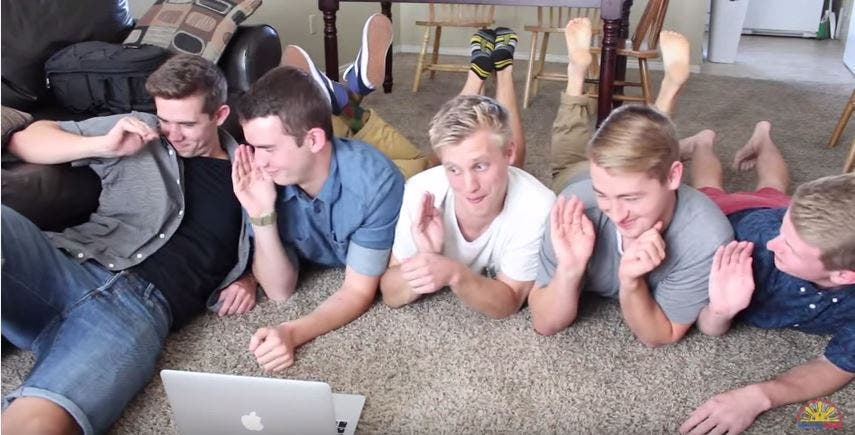WATCH These Americans Are in Love with #AlDub!