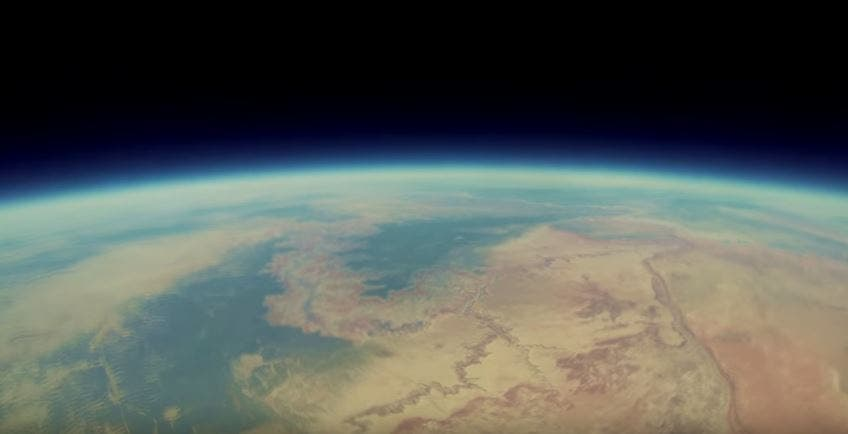 WATCH GoPro Shoots Amazing Video From the Stratosphere