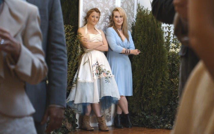 still-of-meryl-streep-and-mamie-gummer-in-ricki-and-the-flash-(2015)-large-picture (1)
