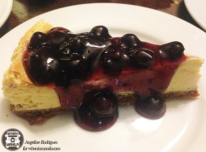 mama lou's blueberry cheesecake