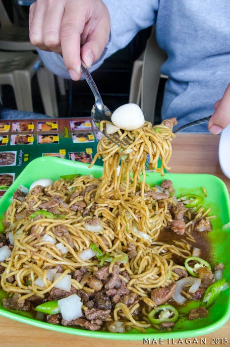 Bruno's Pancit Cabagan When in Manila Mae Ilagan (7 of 9)