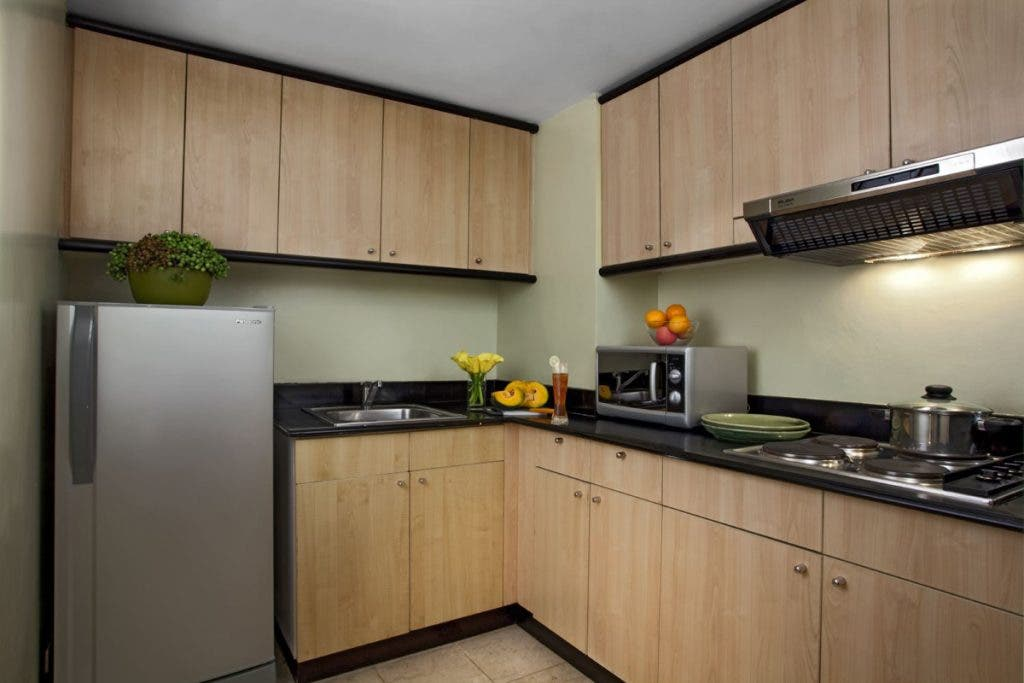 SR_Philippines_Manila_Som Millennium_2BRM Executive_Kitchen-LR