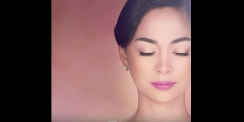 WATCH This Makeup Ad is Not a Makeup Ad and it's Hilarious and Creepy