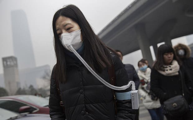 Chinese People Are Now Buying Bottles of Fresh Air