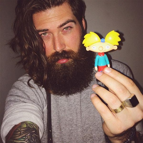 """Lane Toran Kid Who Voiced Arnold in 90's Cartoon """"Hey Arnold!"""" is Insanely Hot Now"""