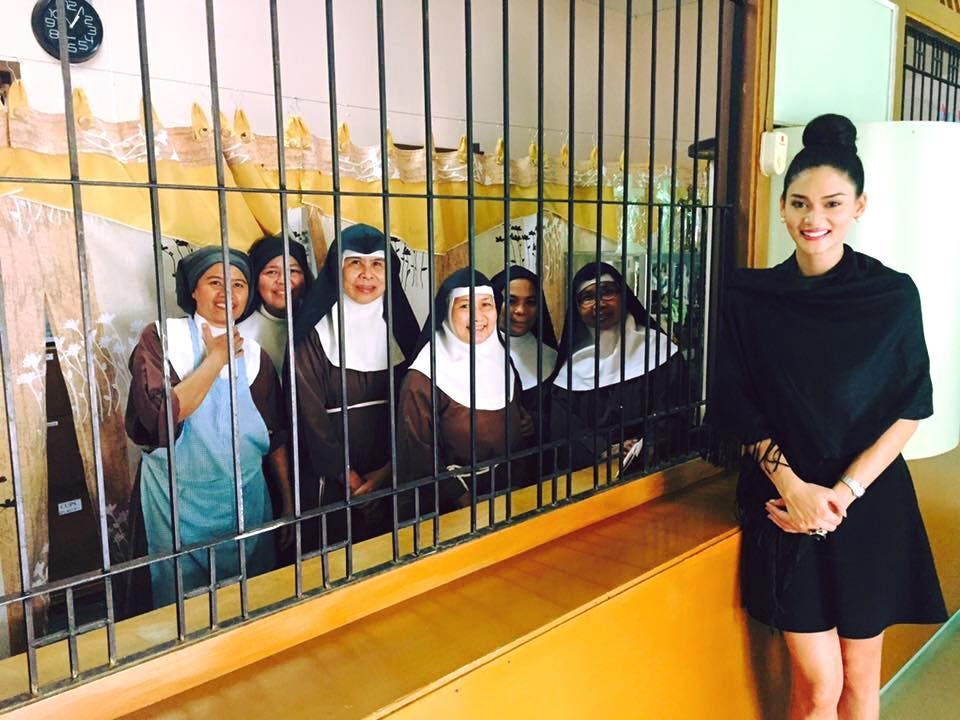 Miss Universe 2015 Pia visited Poor claire