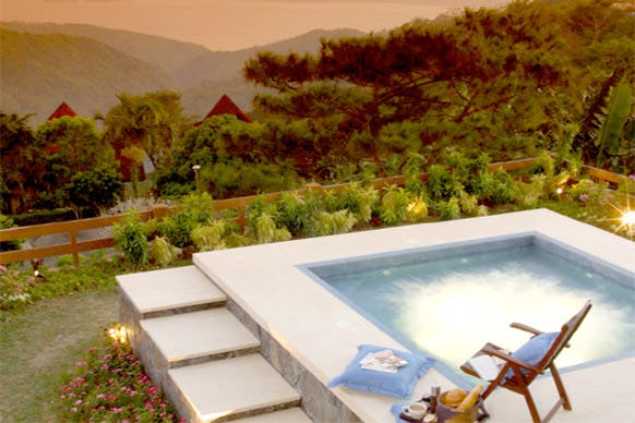 Discovery-Country-Suites-Tagaytay