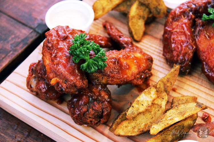 Macho Wings (2)