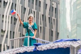 grand homecoming parade of Miss Universe 2015, Pia Alonzo Wurtzbach at Ayala Avenue 10