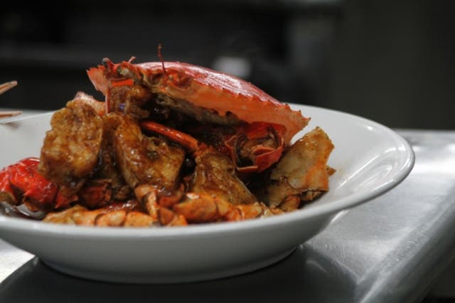 Crabs with Black Pepper Sauce Singaporean Style