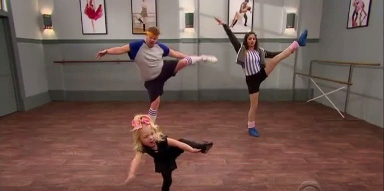 James Corden Jenna Dewan Tatum Gets Dancing Lessons from Toddlers
